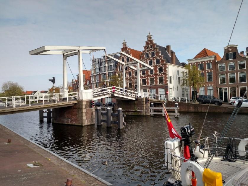 2017.04.20 Haarlem bridge